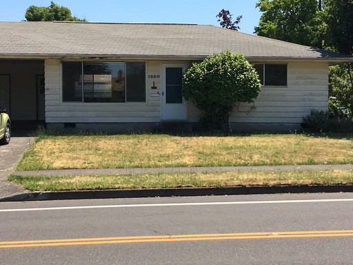 1290 West 24th Ave , Eugene, OR 97405