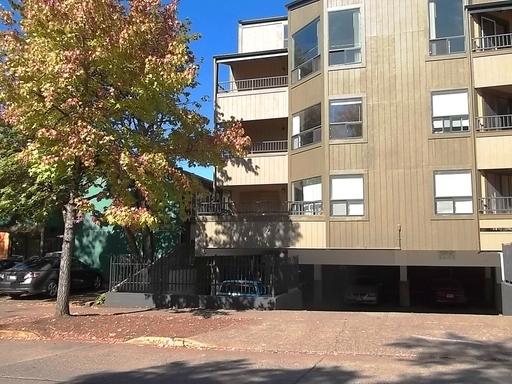 1390 Alder St #202, Eugene, OR 97401