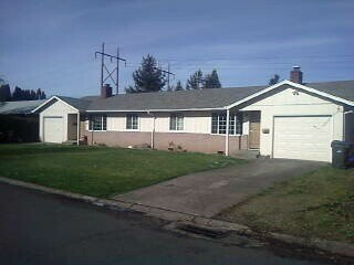 3749 Hawthorne Ave, Eugene, OR 97402
