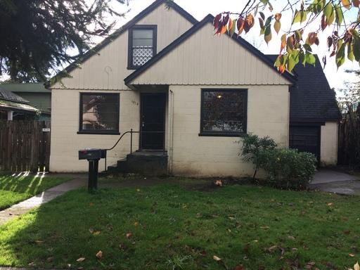 1074  West 3rd Street, Eugene, OR 97401