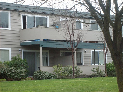1879 M St., #27, Springfield, OR 97477