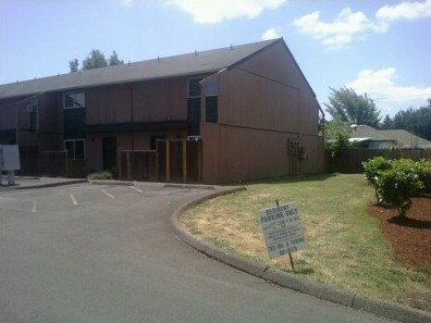 2270 1/2 W. 18th Ave #4, Eugene, OR 97402