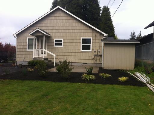 1055 W Hilliard Lane, Eugene, OR 97404-2909