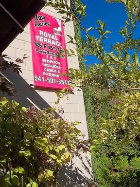 625 E. 16th Ave #15, Eugene, OR 97401