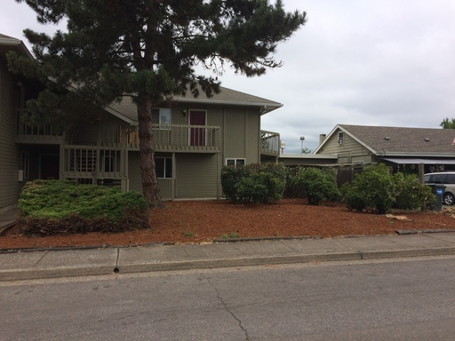 1501 N. 18th St #150, Springfield, OR 97477
