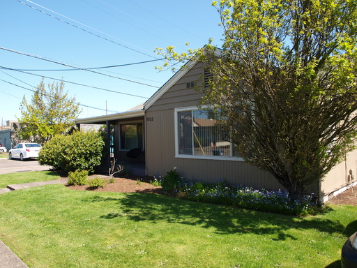 1855 Oak Street #2, Eugene, OR 97401