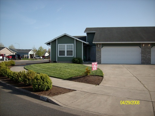 1344 Adelman Loop, Eugene, OR 97402
