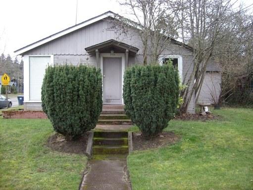 2405 Onyx Street, Eugene, OR 97403