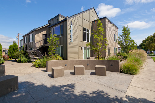 125-135-155 East 19th - 135.7B, Eugene, OR 97401