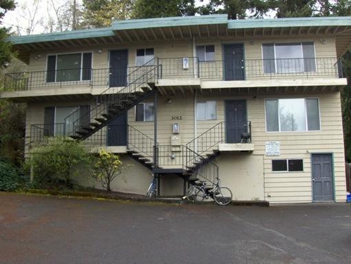 3012 Willamette #3, Eugene, OR 97405