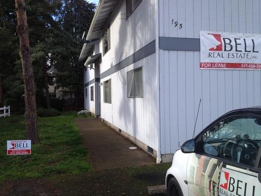 195 SW Kalmia Street Unit B, Junction City, OR 97448