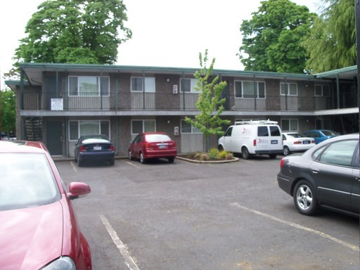 457 W. 8th Avenue #16, Eugene, OR 97401