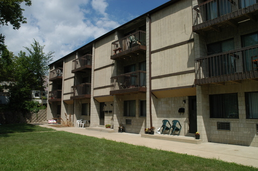 3333 s clement avenue apt 20 milwaukee wi 53207 1 bedroom apartments in milwaukee wi