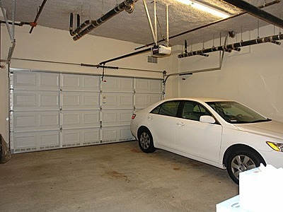 Finnian_Way_3420_Unit_112__Dublin_2_car_garage.jpg