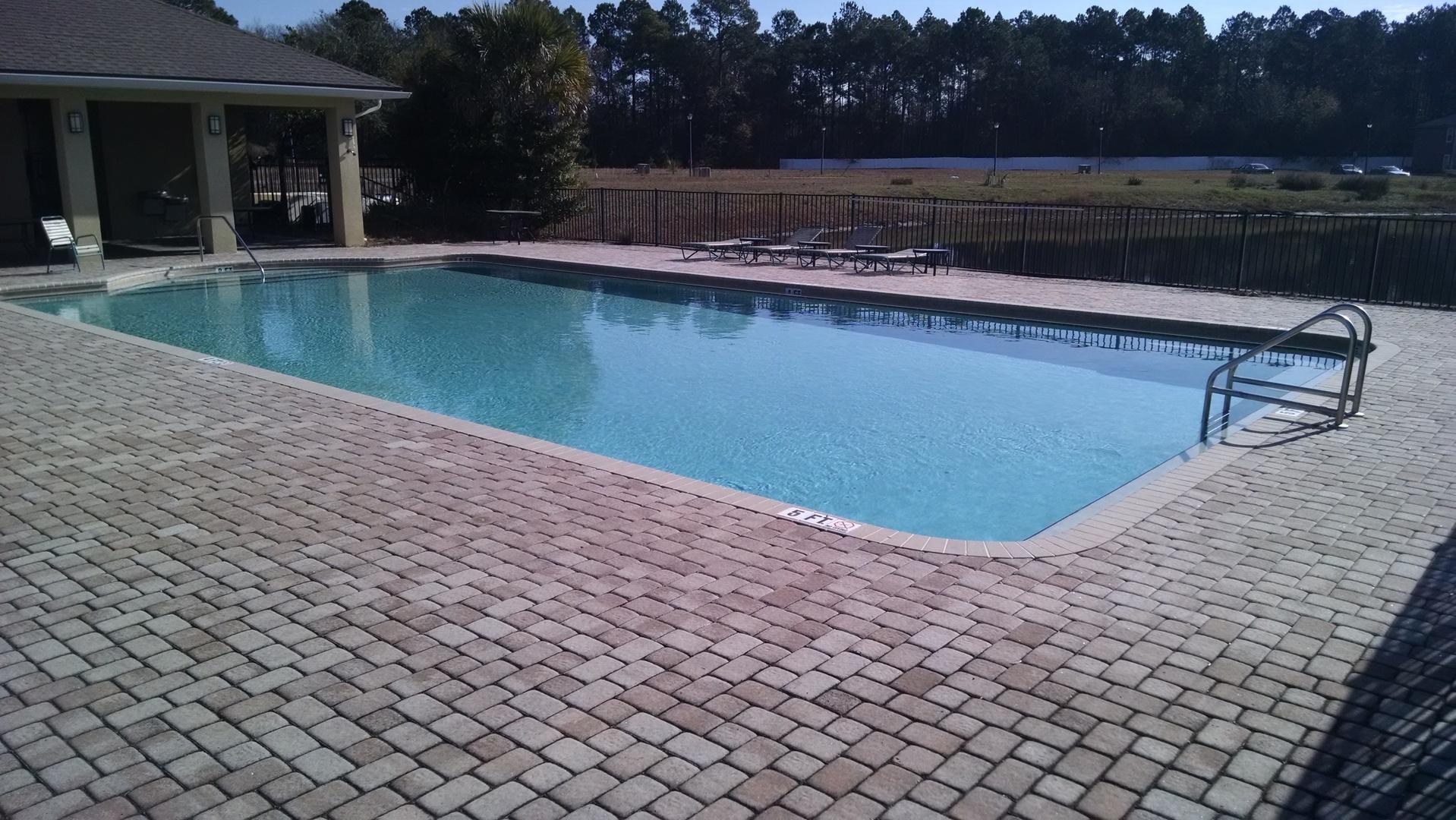 Bed  Bath Gated Condo In Jacksonville Fl