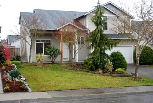beautiful 4 bedroom home located in puyallup south hill spanaway close