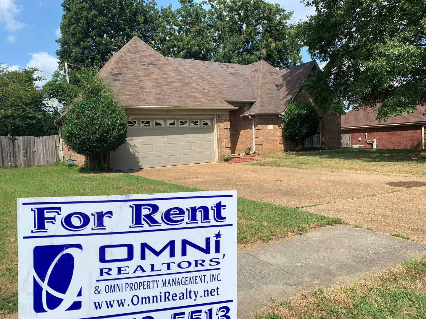 Terrific Available Rentals Omni Property Management Inc Home Interior And Landscaping Palasignezvosmurscom