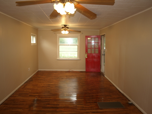 House for Rent in Clay Center