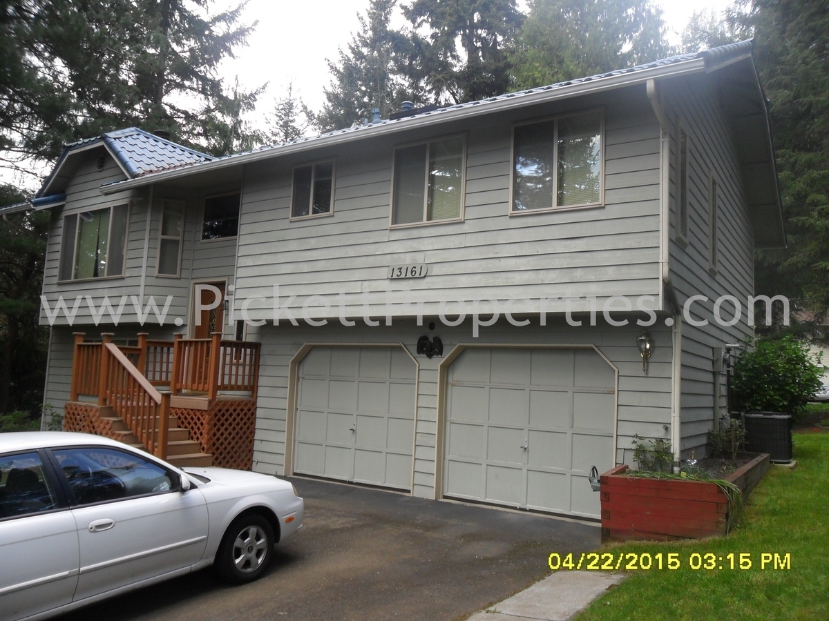 Great Silverdale Location