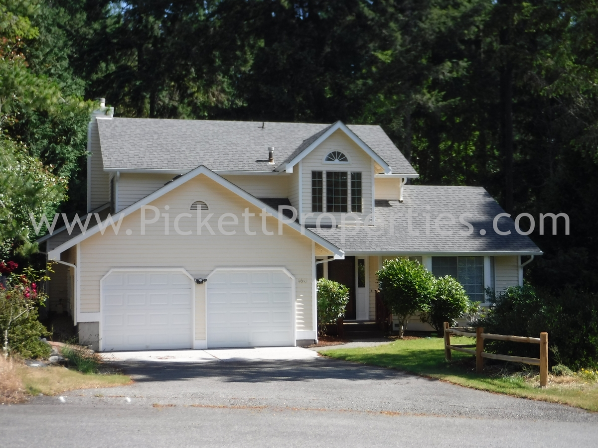 CK Home Between Bremerton and Silverdale