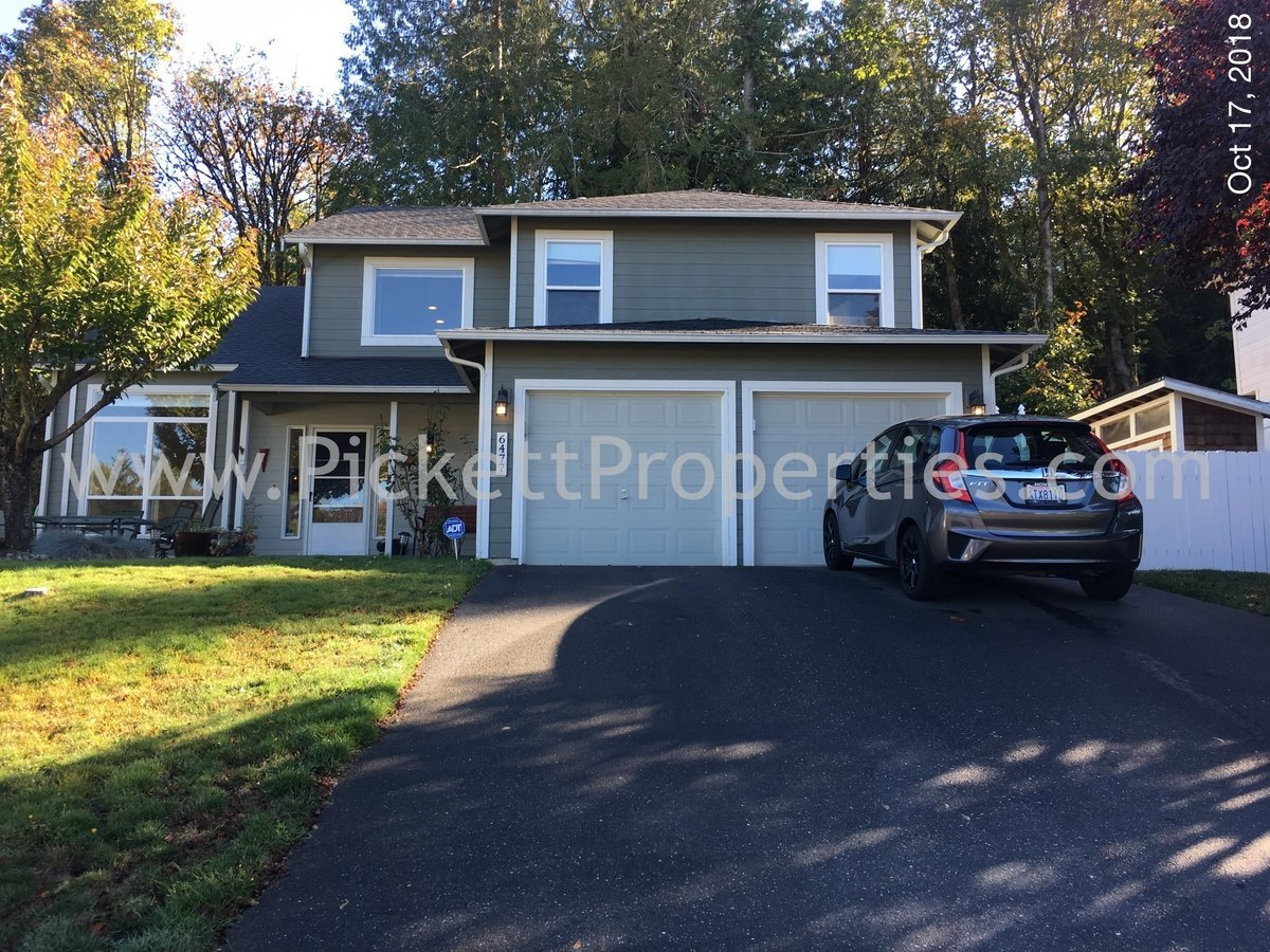 Large Updated Central Kitsap Home