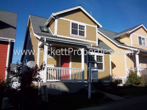 Gorgeous Poulsbo Home with 6 Month Lease