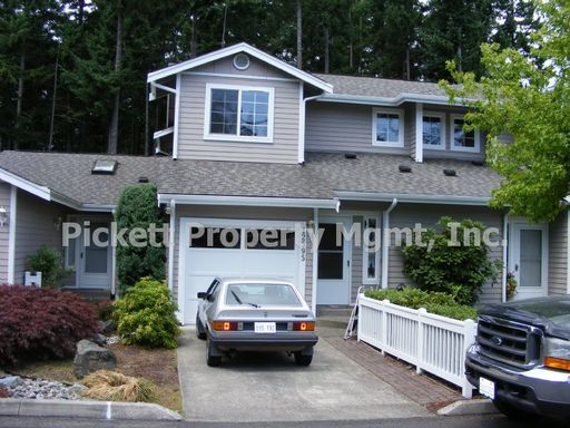Quiet and Private Community in Great Central Kitsap Location