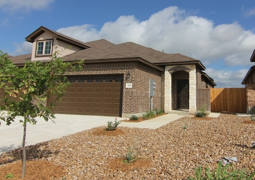 525 creekside forest new braunfels tx 78130 for Creekside new braunfels