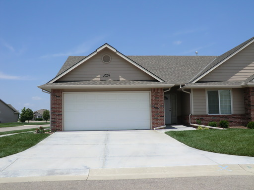 House for Rent in Maize