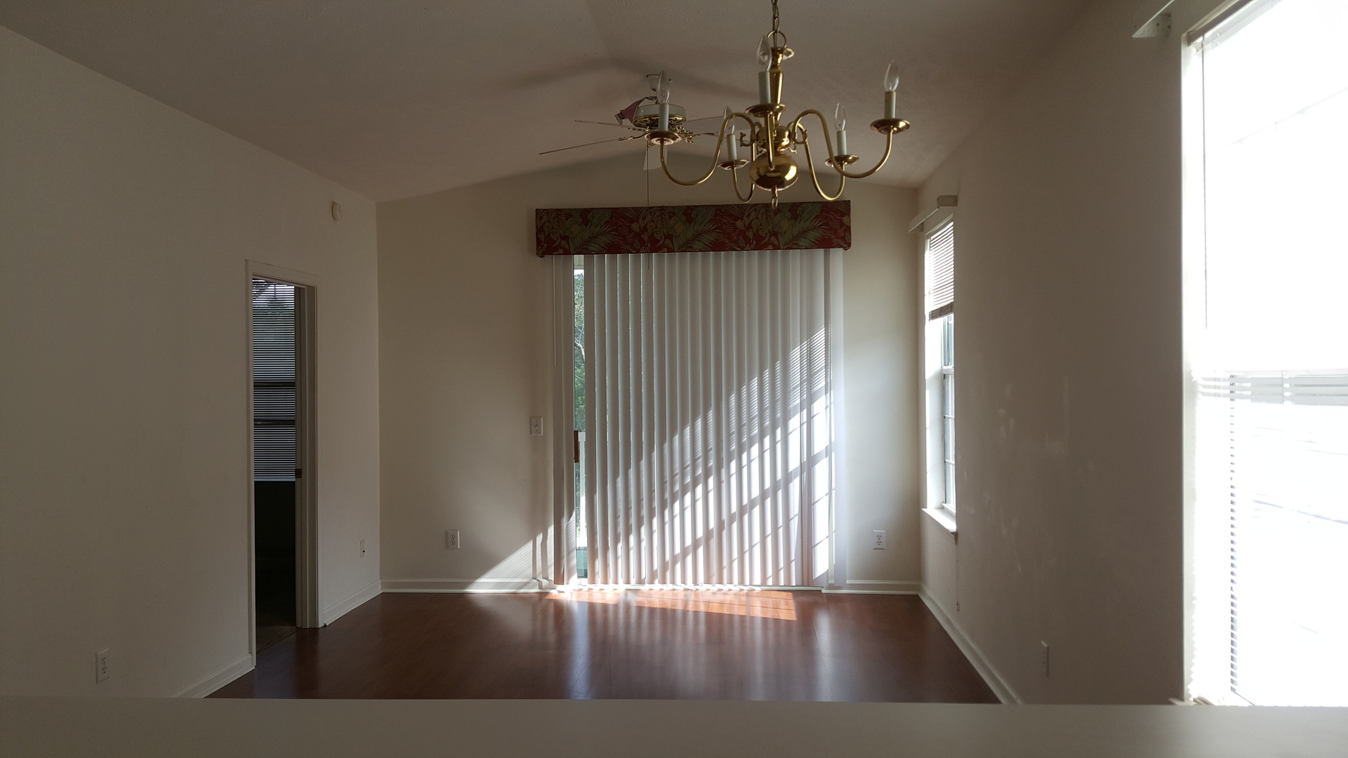 2 Bedroom Condo With New Paint, Carpet, And Appliances