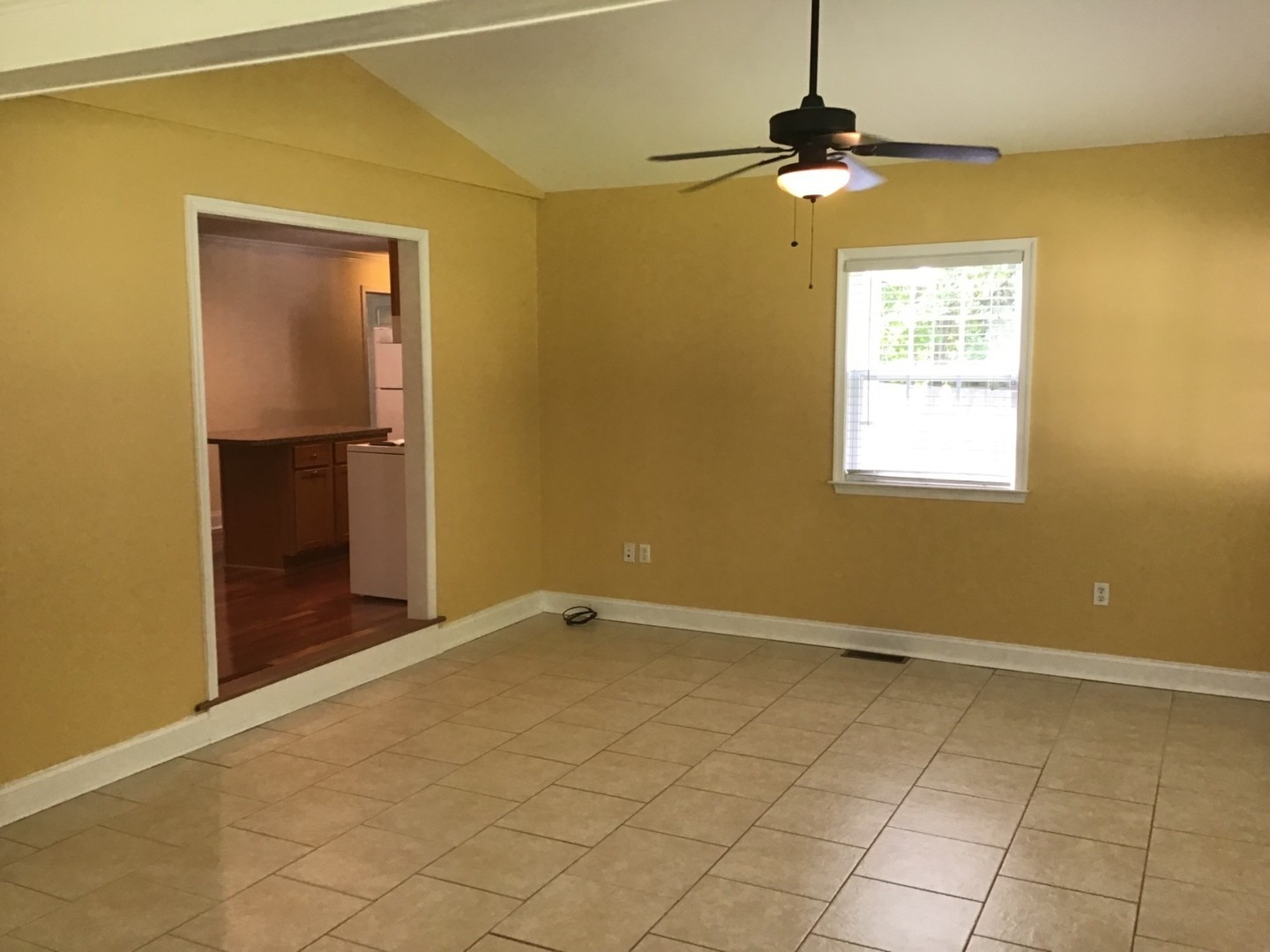 Large 3 Bedroom Home In Conway
