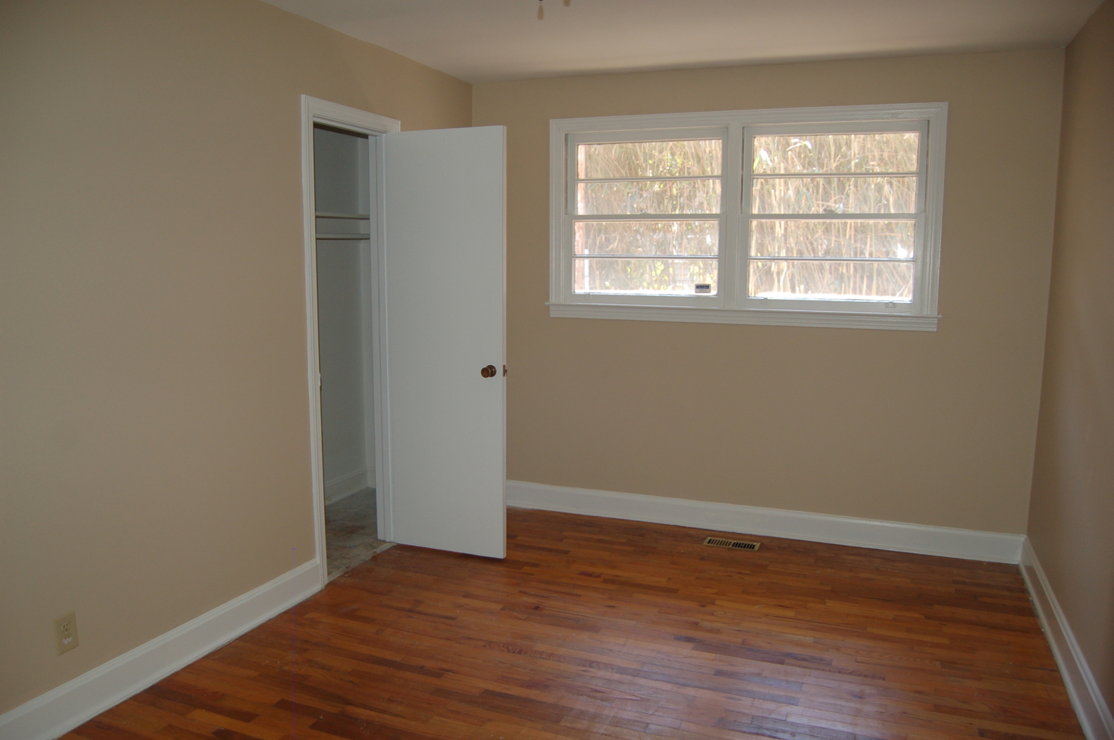 Adorable Duplex In Conway Property Management