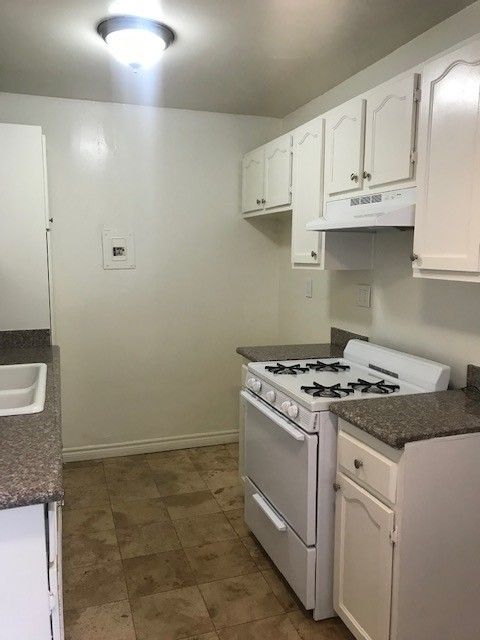 image 3 unfurnished 2 bedroom Apartment for rent in Garden Grove, Orange County